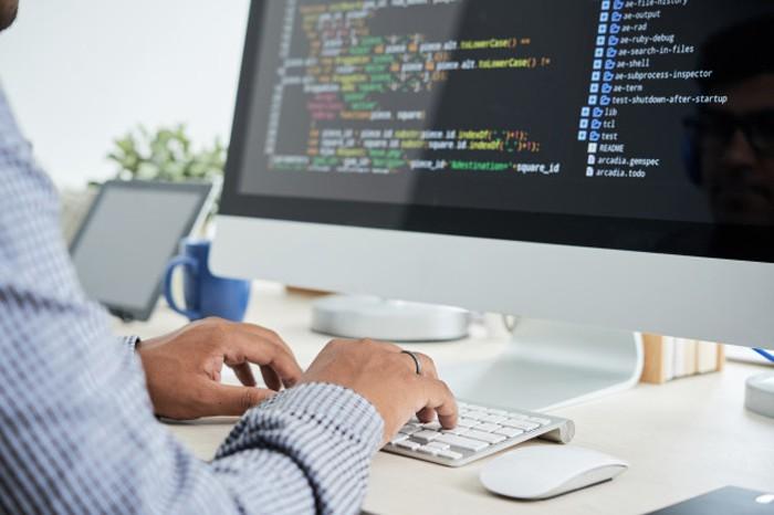 Nếu không giỏi tiếng Anh, bạn sẽ không thể lập trình viết code