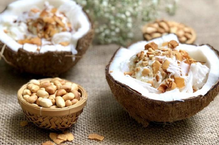 Kem dừa là món khoái khẩu của nhiều người