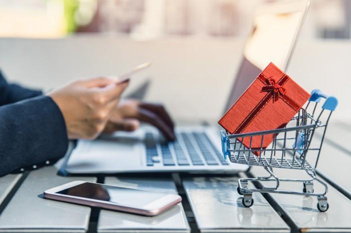 Cách sử dụng CVV hoặc CVC để thanh toán bằng thẻ tín dụng