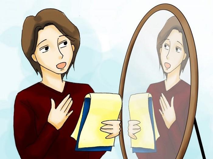 Luyện tập trước gương giúp bạn tự tin hơn khi giao tiếp thực tế