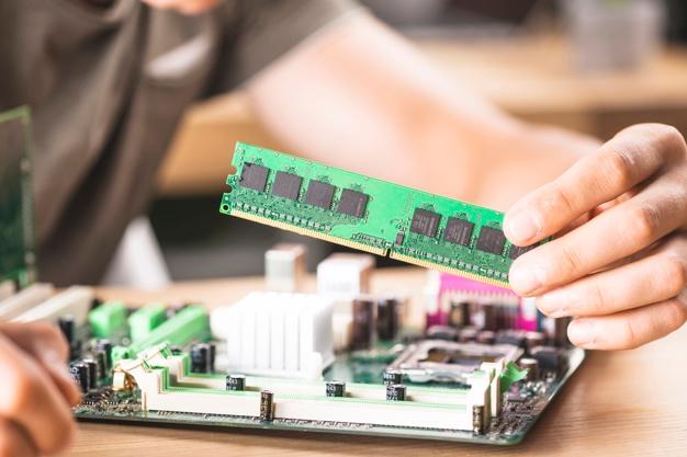 Hiện nay, thị trường có nhiều loại RAM có dung lượng và cấu tạo khác nhau