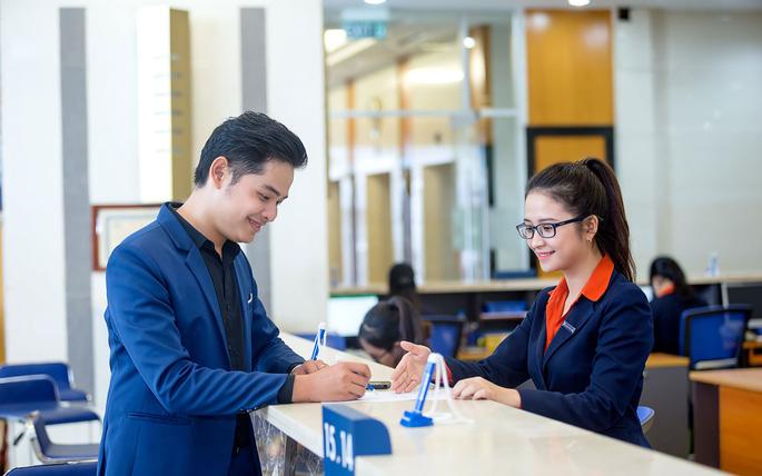 Sacombank tối ưu hóa các giải pháp tài chính đa tiện ích cho khách hàng