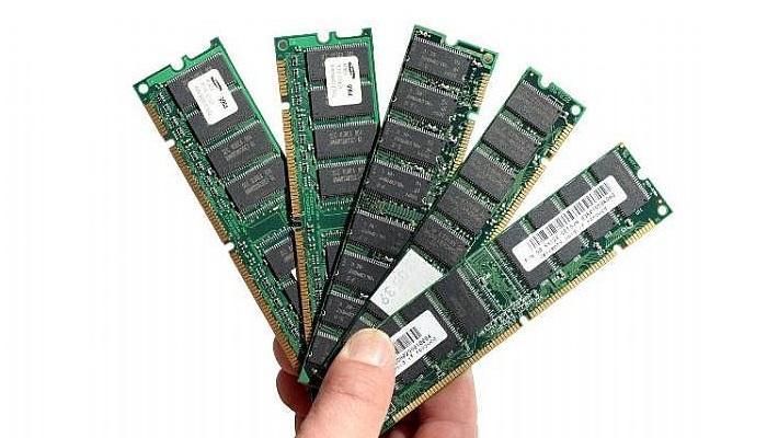 RAM càng lớn thì tốc độ xử lý của máy càng cao, tránh giật lag