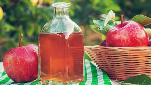 Cách trị mụn lưng bằng giấm táo dễ làm, hiệu quả cao