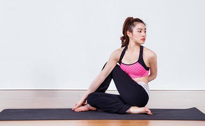 Xoay người là bài tập giúp cơ thể khỏe mạnh, ngăn ngừa đau lưng