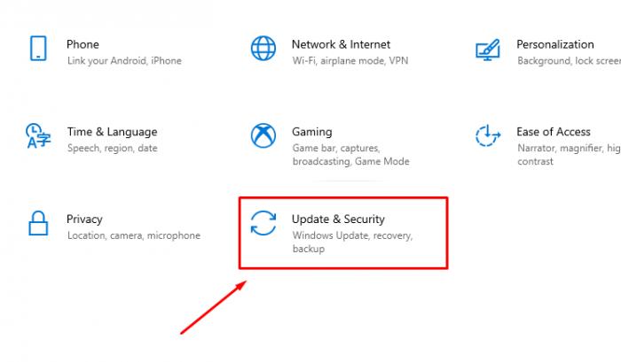 Bấm chọn Update & Security để vào cửa sổ