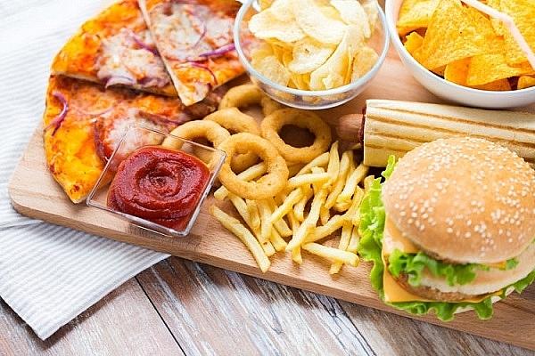 Hạn chế ăn thực phẩm giàu chất béo