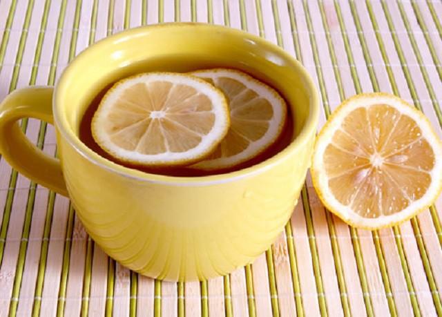 Phương pháp 1 giảm cân bằng cách uống nước chanh mật ong