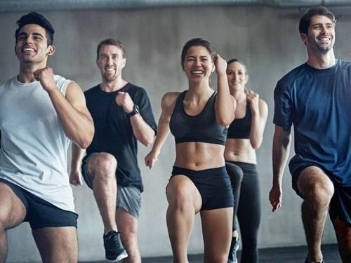 Các bài tập cardio tác động chủ yếu đến vùng bụng và đùi