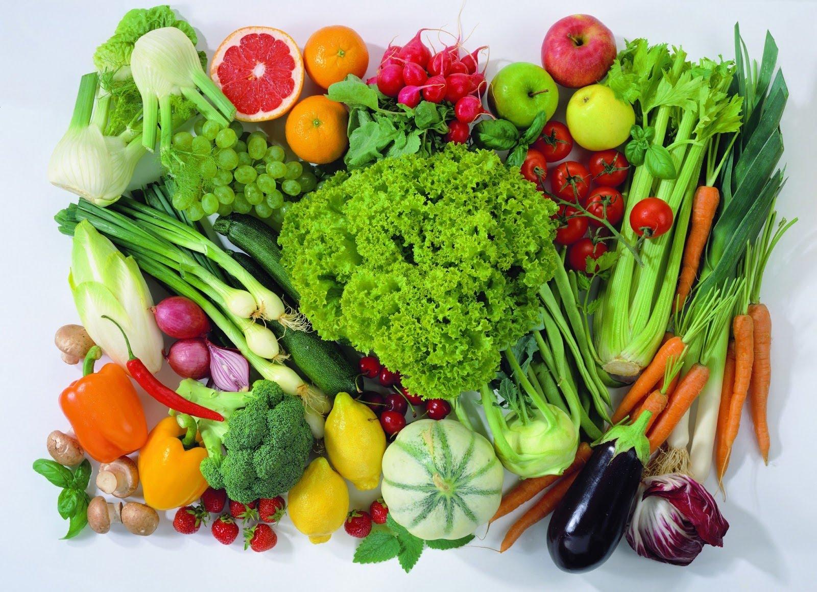 Rau củ quả có màu xanh giúp bổ sung chất xơ cần thiết cho cơ thể