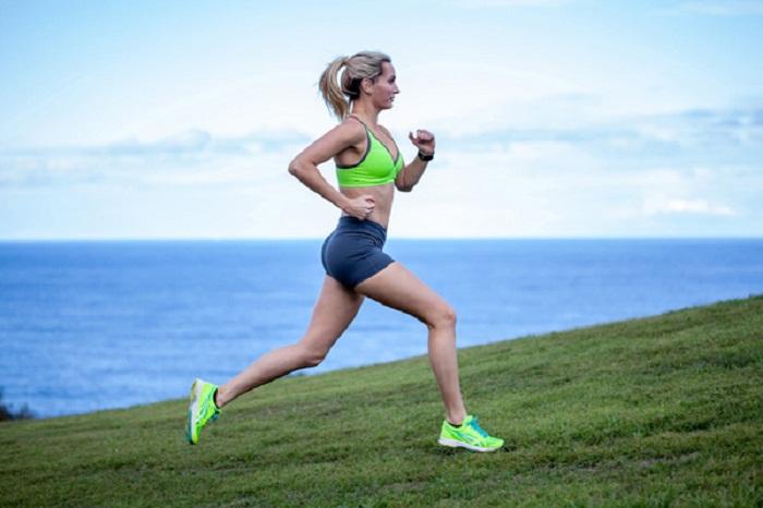 Tập chạy bộ vào mỗi buổi sáng cho vùng eo thon gọn