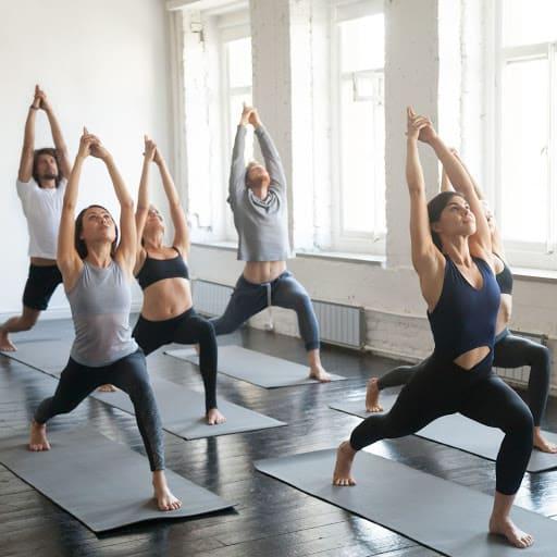 Các bài tập thể dục toàn thân cũng là cách giảm béo mặt được yêu thích