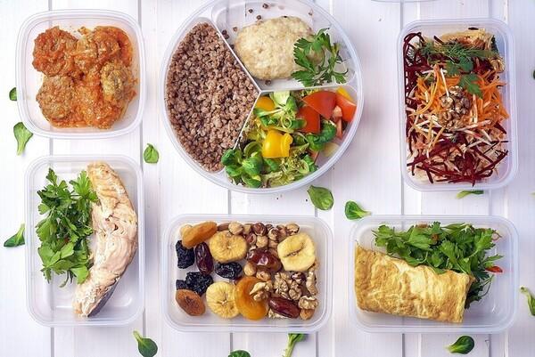 Một thực đơn giảm cân 13 ngày với đầy đủ protein, chất xơ và vitamin sẽ mang đến hiệu quả cao hơn nhiều so với việc nhịn ăn hoàn toàn vài ngày