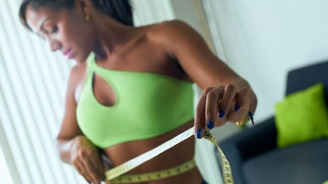 13 Cách giảm cân không cần ăn kiêng bạn nên biết