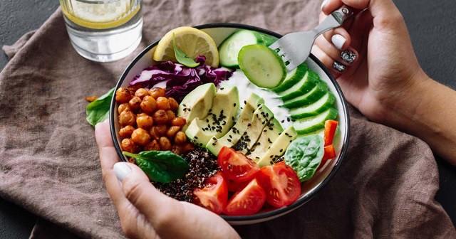 12 Cách giảm cân hiệu quả mà không cần ăn kiêng