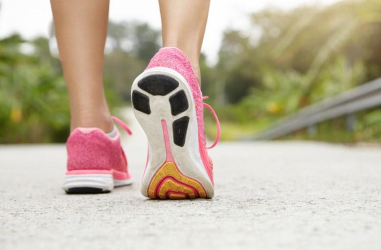 Tính toán số lượng bước chân mỗi ngày giúp giảm cân hiệu quả