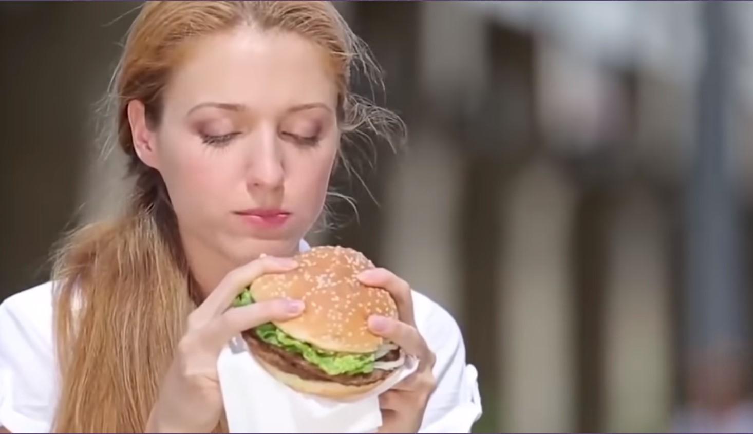 eat fast food