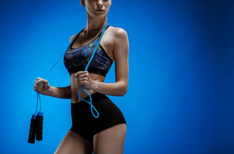 Nhảy dây giảm cân giúp săn chắc vòng 3
