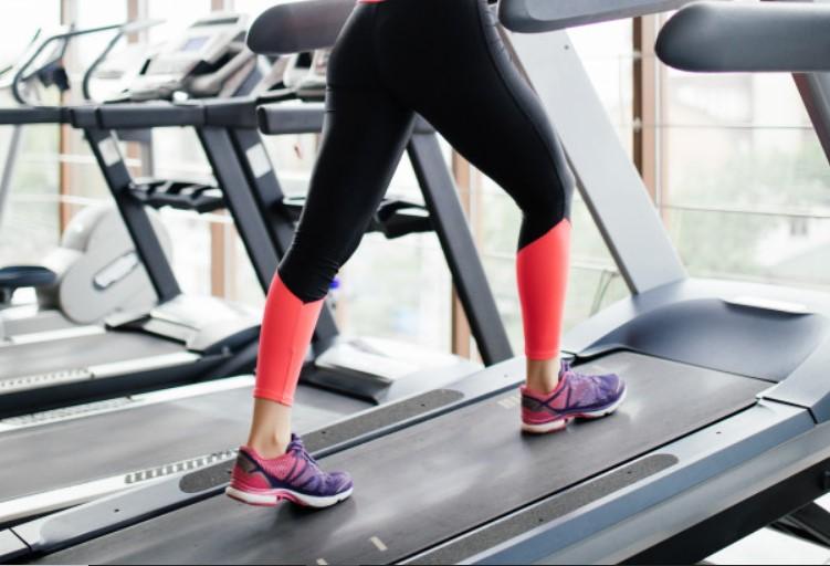 Xây dựng sức mạnh với bài tập chạy bộ lên dốc