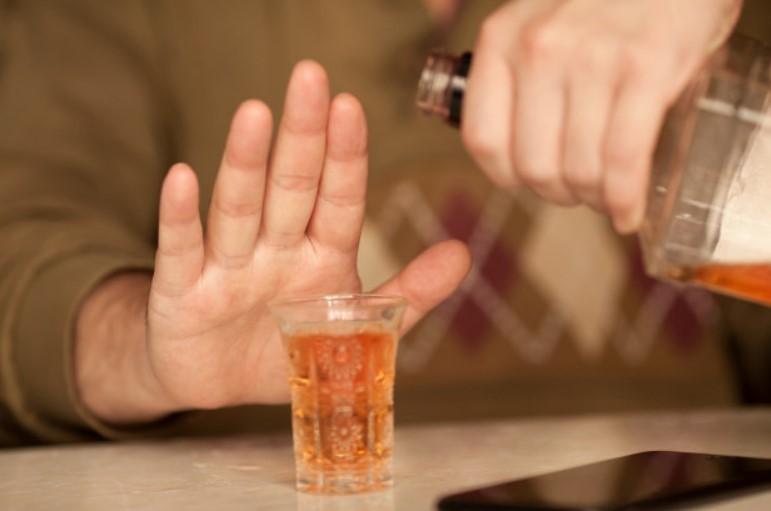 Ngừng hoặc giảm dùng rượu